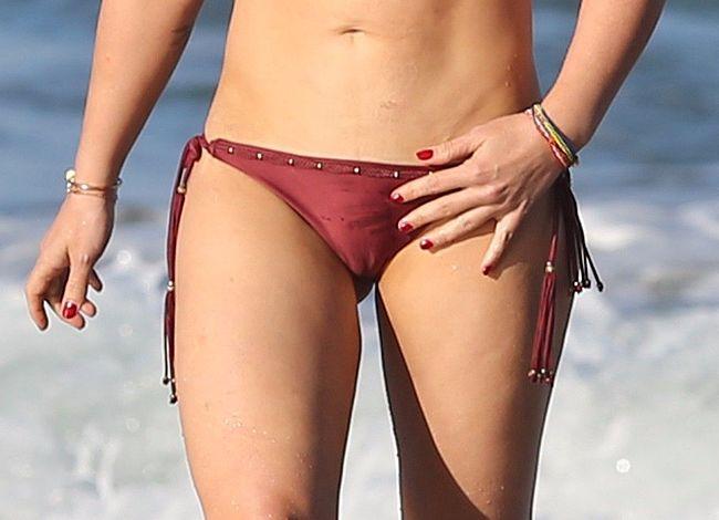 Sexy Hilary Duff Nude Paparzzi Pics Png