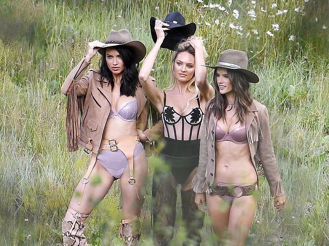 Alessandra Ambrosio, Adriana Lima & Candice Swanepoel Nude