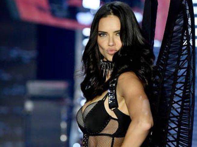 Nude Celebrity Model