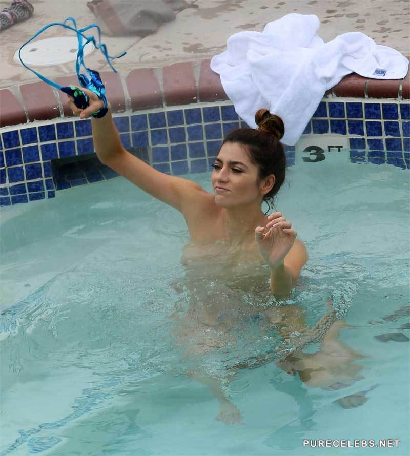 Naked girls caught topless Blanca Blanco Caught Topless In A Pool Nucelebs Com