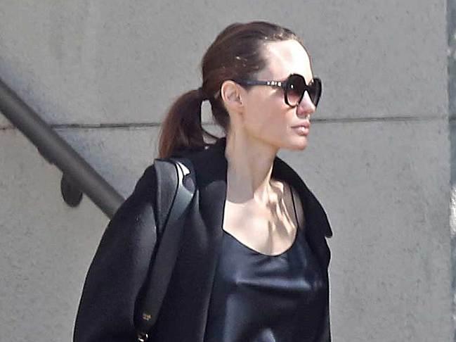 Angelina Jolie Nude leaked celebs