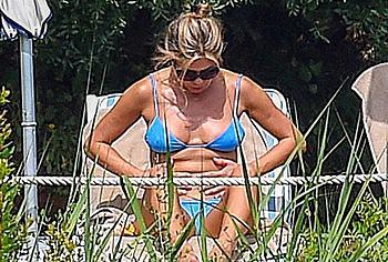 Sex Aniston Jennifer Nude Paparazzi Pic Pics