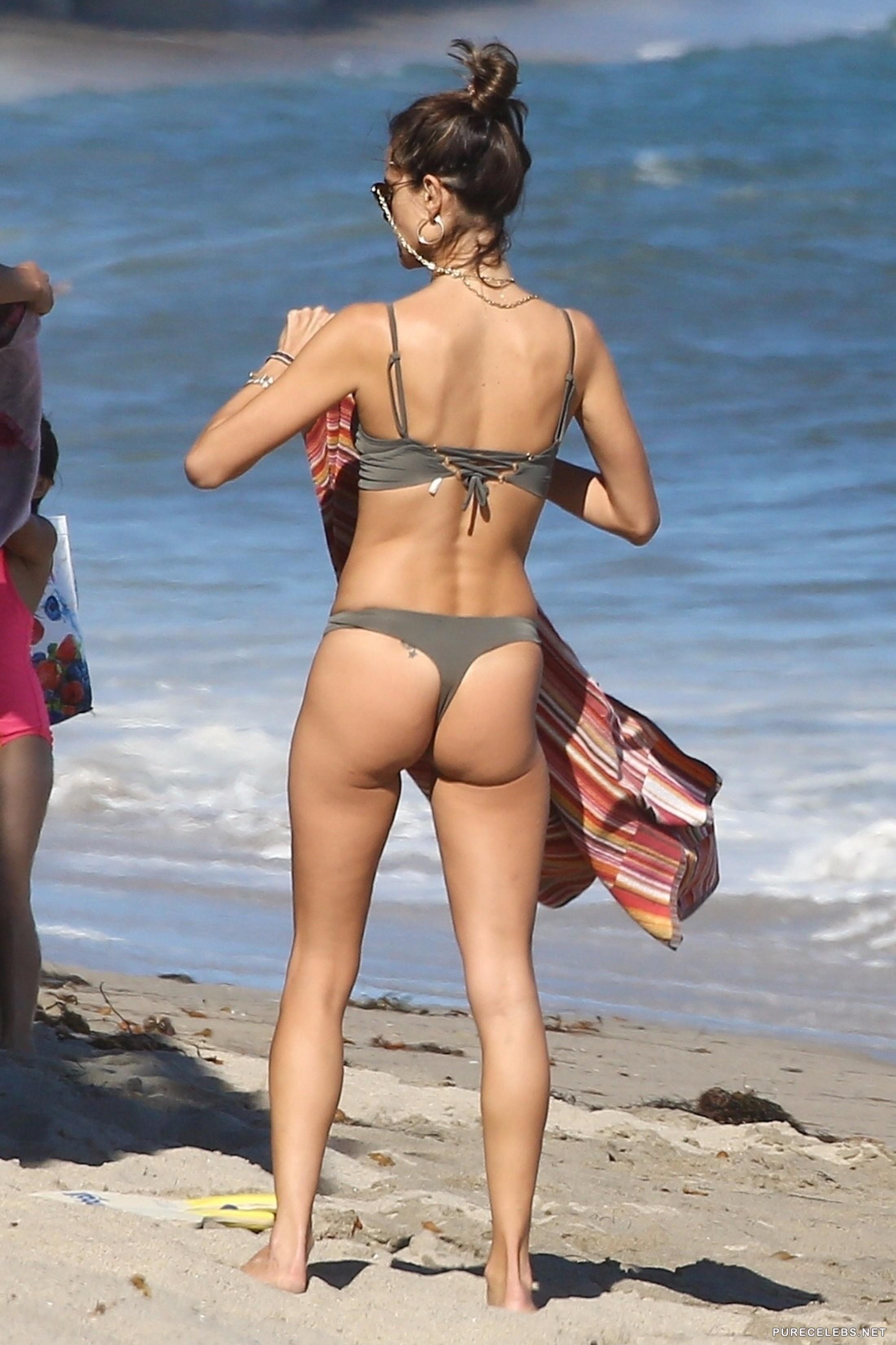 Superstar List Fre Ooops Nude Celebrities Gif
