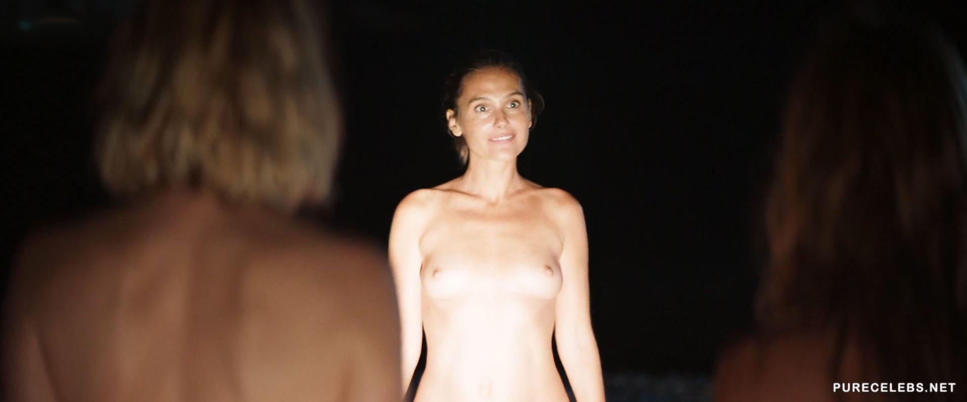 Virginie ledoyen nude pussy pregnant in saint ange