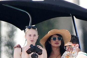 Priyanka Chopra & Sophie Turner nude