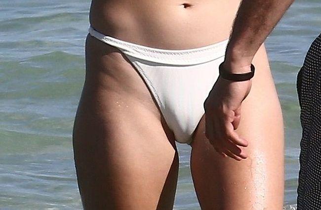 Tara reid nude movie clip