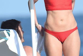 Katherine Schwarzenegger Paparazzi Bikini Beach Photos - NuCelebs.com