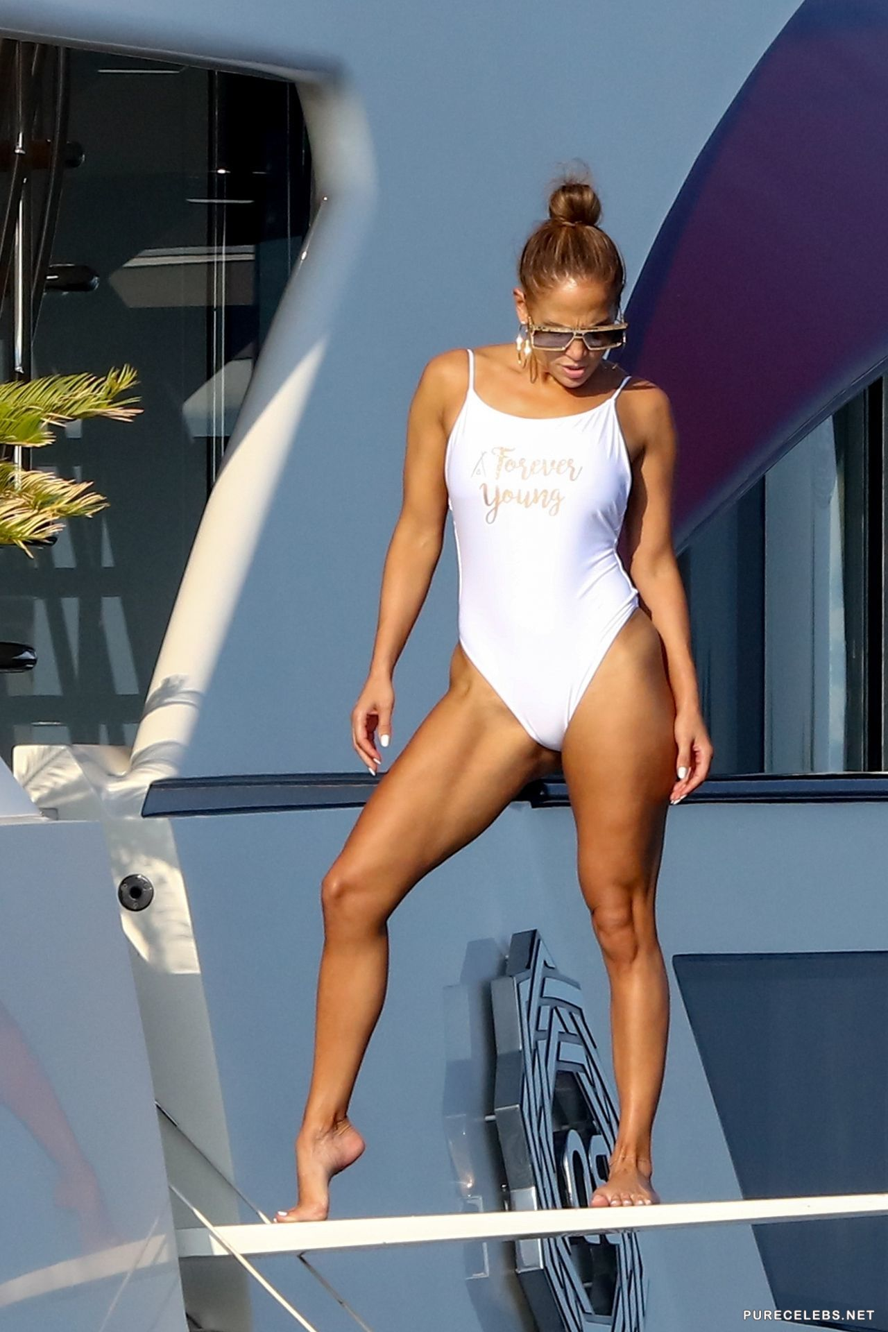 Jennifer Lopez Just Posted an Ultra-Sexy Video of Her Bare