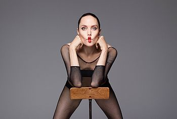 Angelina jolie naked pictures - Angelina Jolie