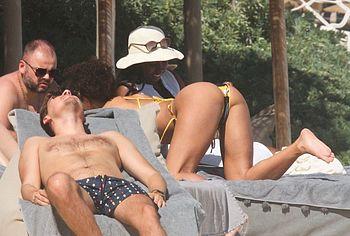 Alisha Wainwright tits