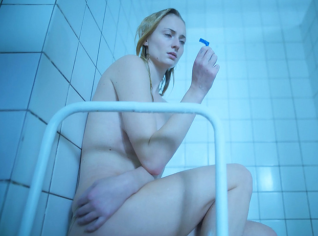 Sophie Turner nude photos