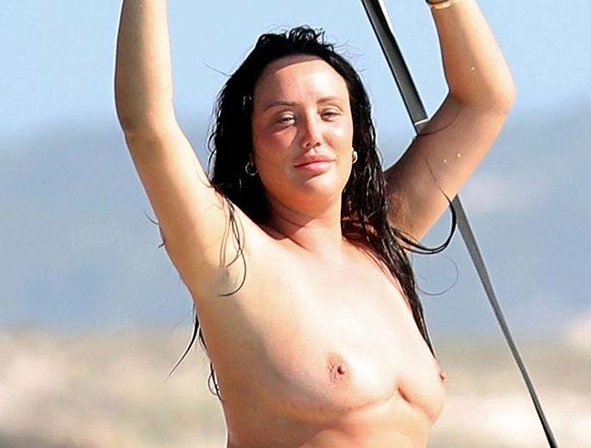Charlotte Crosby nude
