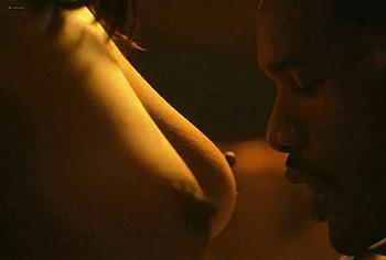 Elarica Johnson nude tits