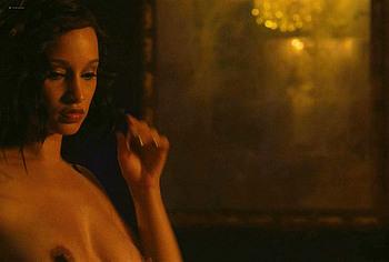 Elarica Johnson topless video