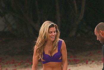 AnnaLynne McCord nude beach pics