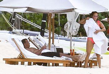Jennifer Lopez exposed