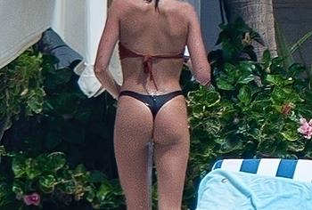 Kaia Gerber ass