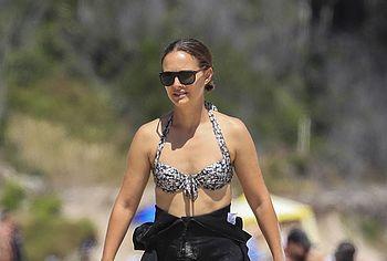 Natalie Portman cameltoe