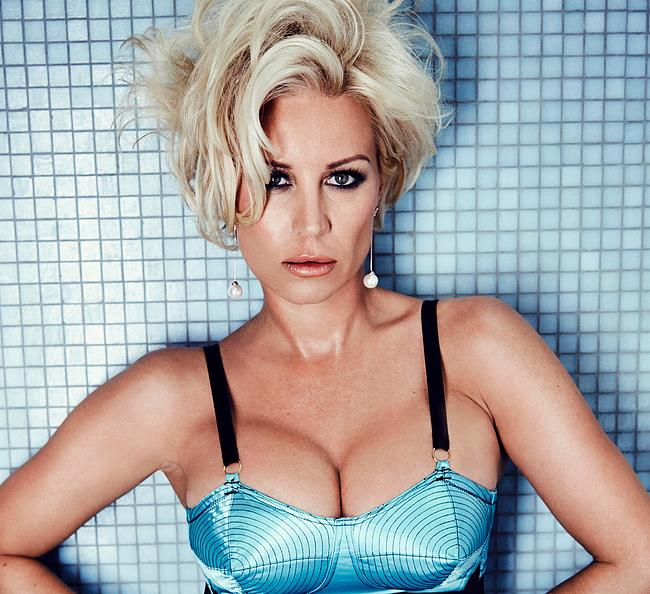 Denise Van Outen big tits