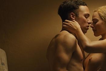 Margot Robbie naked movie