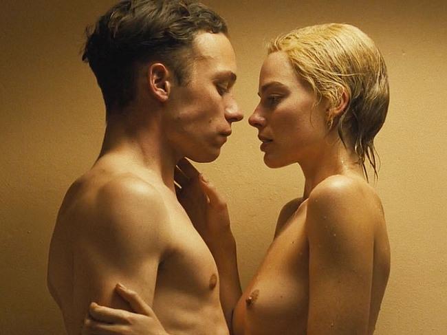 Margot Robbie nude scenes