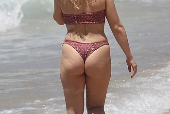 Abbie Chatfield ass