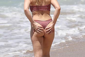 Abbie Chatfield nudes