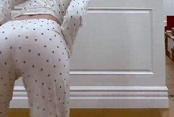 Elle Fanning слила обнаженное видео