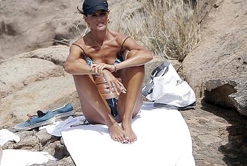 Izabel Goulart bikini