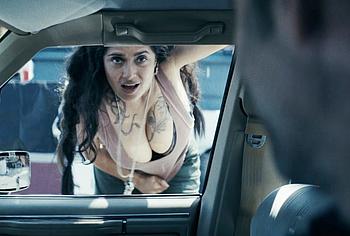 Salma Hayek big tits pics