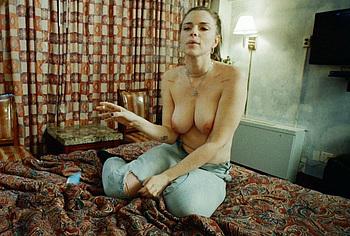 Джулия Фокс обнаженная и делает минет, мастурбирует в PVT чате - NuCelebs.com