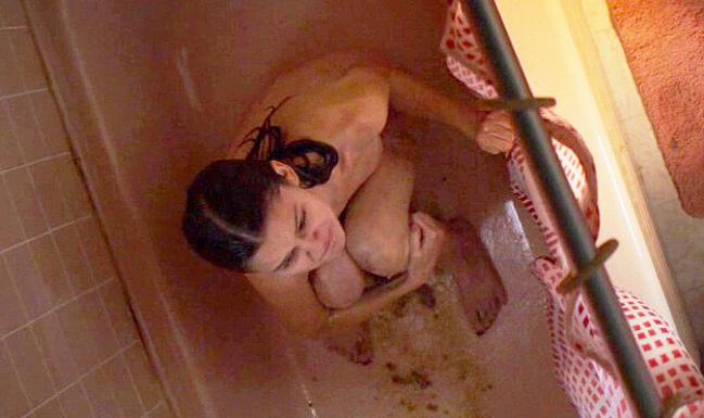 Ciara Bravo, сцены обнаженной и нижнего белья в Cherry — NuCelebs.com