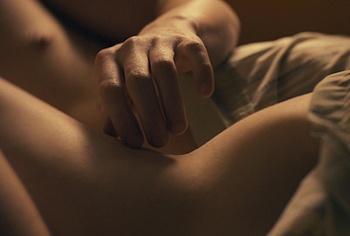 Ciara Bravo, сцены секса