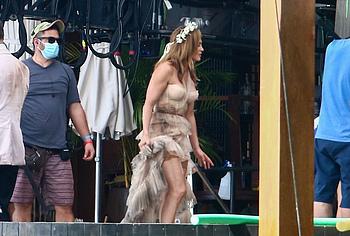 Jennifer Lopez oops