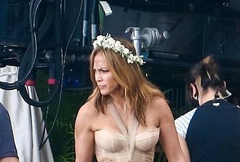 Jennifer Lopez pussy shots