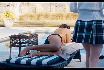 Kristin Davis topless