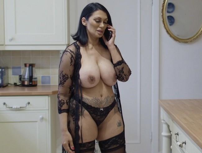 Jeanine Nerissa Sothcott nude