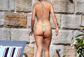 Rita Ora ass shots