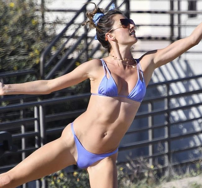 Alessandra Ambrosio thefappening