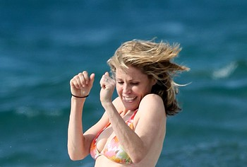 Julie Bowen bikini beach