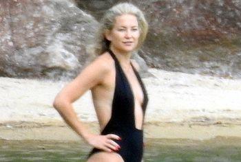 Kate Hudson nudity