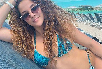 Sofie Dossi bikini selfie