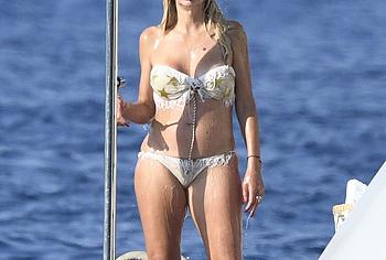 Valeria Marini wet bikini