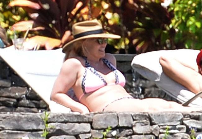 Britney Spears sexy bikini