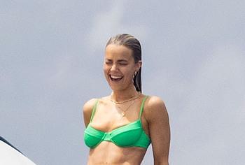 Rebecca Rittenhouse naked