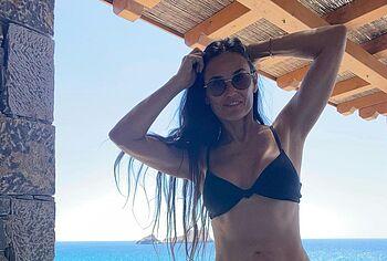 Demi Moore leaked nude pics