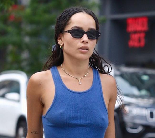 Zoe Kravitz naked