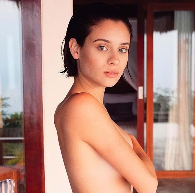 Daniela Melchior topless