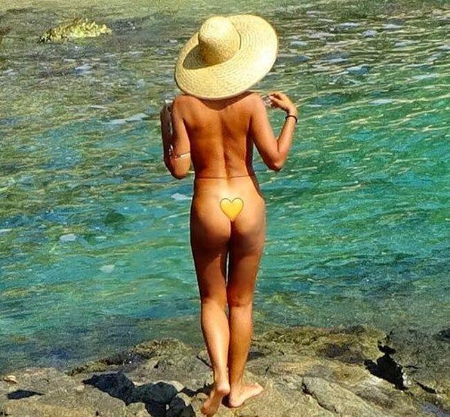Jackie Cruz nude