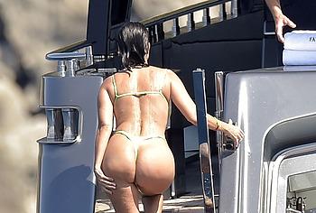 Kourtney Kardashian anal